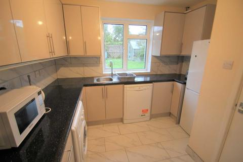 5 bedroom house to rent - Warren Crescent, Headington *Sharers Property*