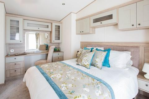 3 bedroom static caravan for sale - The Lakes Rookley, Isle Of Wight