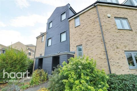 6 bedroom end of terrace house to rent - Gladeside, North Cambridge