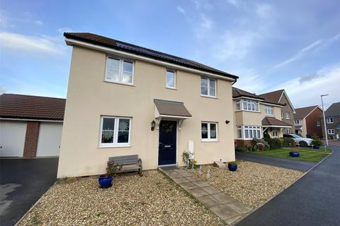 4 bedroom house - Meadowland Road, Chivenor