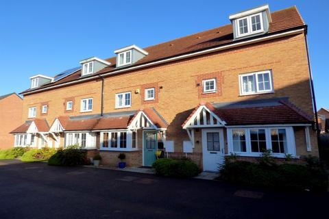 4 bedroom terraced house for sale - Brock Close, Stockton-On-Tees, TS21