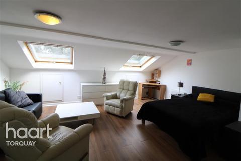 2 bedroom flat to rent - Warren Road