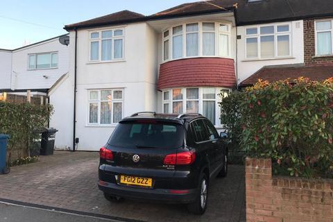 2 bedroom apartment to rent - Gordon Avenue, London, HA7