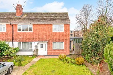 2 bedroom flat for sale - Fairlawns, Horley, RH6