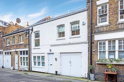3 bedroom terraced house to rent - Welbeck Way, Marylebone, London, W1G
