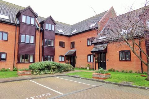 1 bedroom apartment for sale - Holt