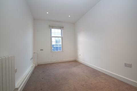 1 bedroom apartment - High Street, Barnet, EN5