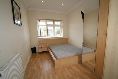1 bedroom house share to rent - Rosslyn Court, Rosslyn Crescent HA1 2RZ