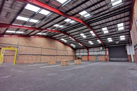 Industrial unit to rent - QUALITY INDUSTRIAL BUILDING TO LET WITH OFFICE / ANCILLARY ACCOMODATION