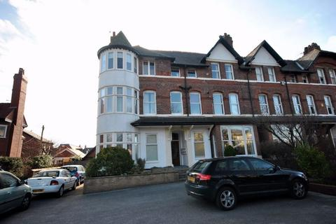 2 bedroom flat to rent - 36-38 St Annes Road East, LYTHAM ST ANNES, FY8