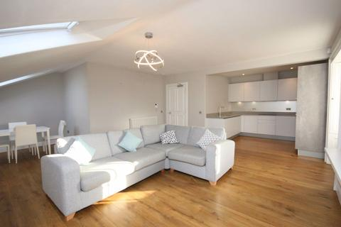 3 bedroom flat to rent - Atholl Crescent, Edinburgh