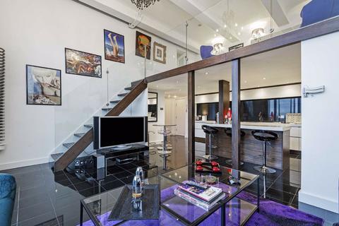 3 bedroom flat to rent - Peterborough Road, Fulham, London, SW6