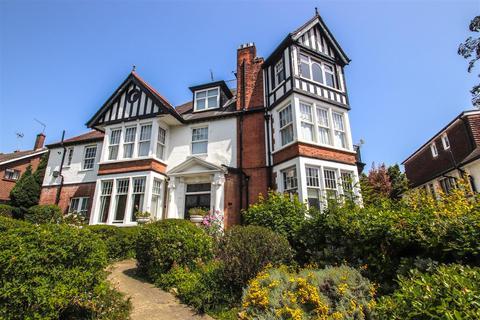 2 bedroom ground floor flat for sale - Chalkwell Avenue, Chalkwell