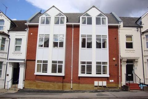 2 bedroom flat to rent - Milton Road, Town Centre