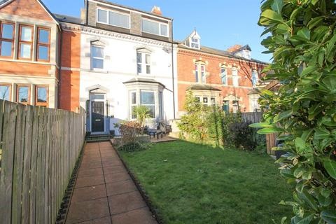 5 bedroom house for sale - Victoria Avenue, Whitley Bay