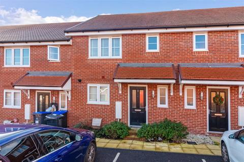 3 bedroom terraced house - Rampion Close, Worthing