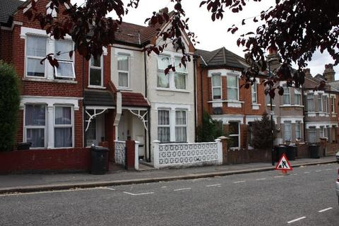 2 bedroom flat to rent - Harpenden Road, West Norwood
