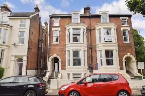 2 bedroom apartment - Elphinstone Road, Portsmouth