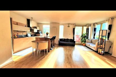 2 bedroom apartment to rent - Farnsworth Court, West Parkside, London, SE10