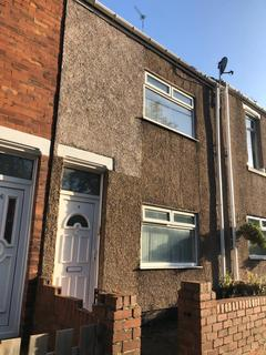 2 bedroom terraced house to rent - South Crescent, Fencehouses, Houghton le Spring, Tyne & Wear  DH4