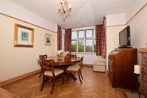 3 bedroom detached house for sale - Hartley Down, Purley, Surrey