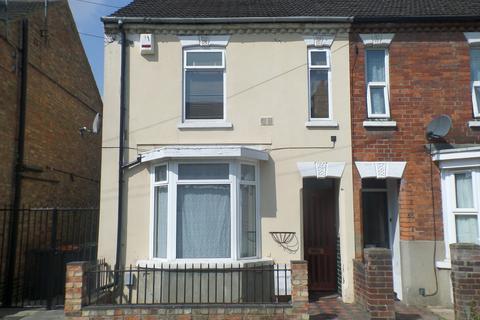 3 bedroom end of terrace house to rent - Salisbury Street, Bedford