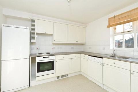 2 bedroom apartment - Macmillan Way, Tooting Bec, London, SW17