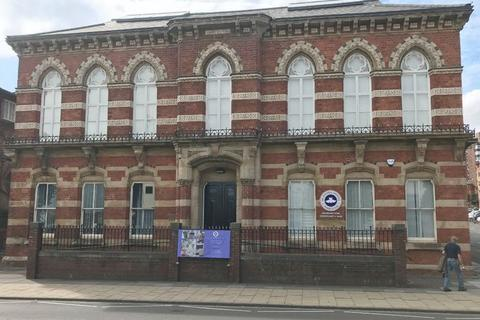 Office to rent - London Road, Stoke-On-Trent