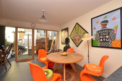 3 bedroom townhouse for sale - City Centre, NR3