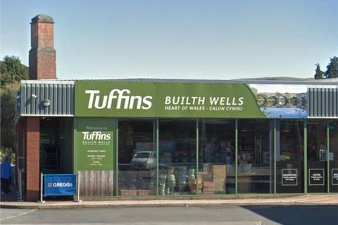 Shop to rent - RETAIL/SHOWROOM/BUSINESS SPACE/WORKSHOP*, Station Road, Builth Wells, Builth Wells, Powys
