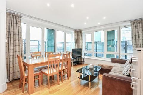 2 bedroom flat to rent - Warren House, Beckford Close, London, W14