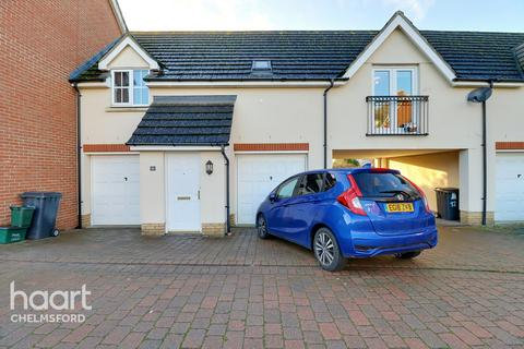 2 bedroom coach house for sale - Baden Powell Close, Chelmsford