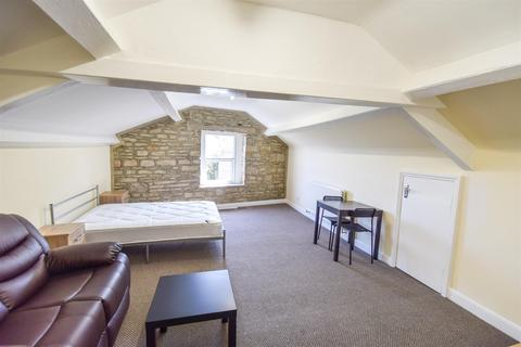 1 bedroom house share to rent - Commercial Street, Shipley, BD18 3SP