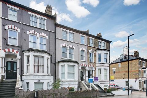 3 bedroom flat for sale - Battersea Rise, London