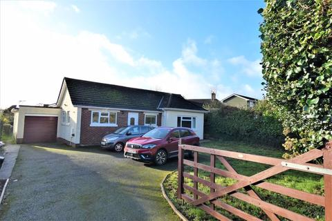 3 bedroom detached bungalow - Marldon Road, Shiphay, Torquay