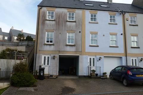 3 bedroom house to rent - Kingsbridge
