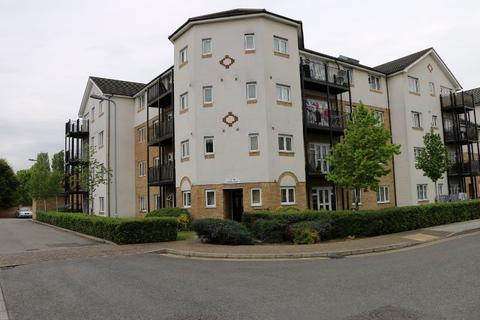 2 bedroom apartment - Enstone Road, Enfield, EN3