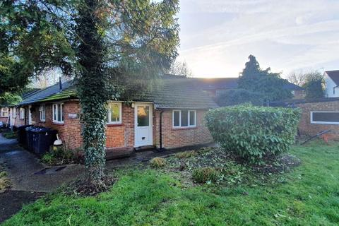 1 bedroom flat for sale - Brook Close, Mill Hill, London, NW7