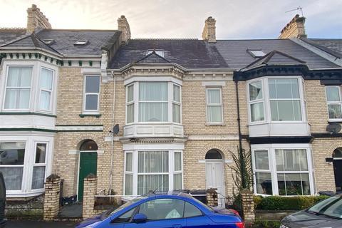 5 bedroom terraced house - Hills View, Barnstaple
