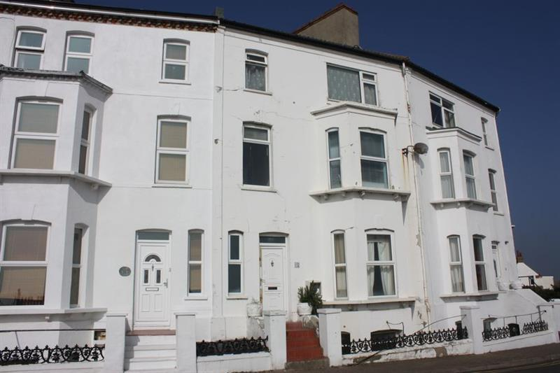 4 Bedrooms Town House for sale in The Parade, WALTON ON NAZE