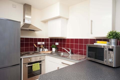 Studio to rent - Northfield