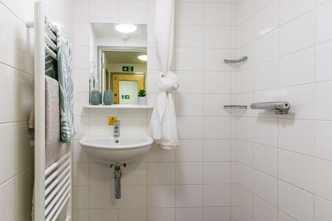 1 bedroom in a flat share to rent - Richmond Road