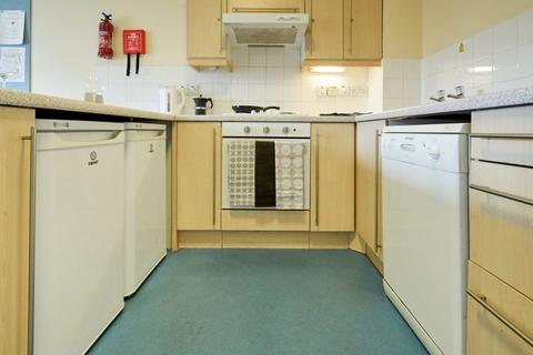 1 bedroom in a flat share to rent - Great Shaw Street