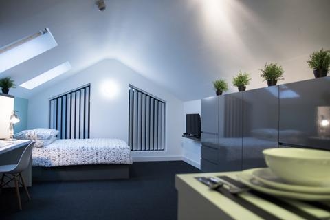 Studio to rent - Damside Street, 11