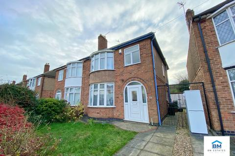 3 bedroom semi-detached house to rent - Roehampton Drive, Wigston, LE18