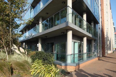 3 bedroom flat for sale - Capital East, Royal Docks, E16