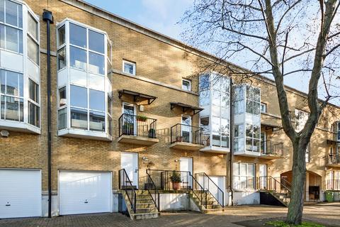 3 bedroom townhouse for sale - Princes Court, Rotherhithe SE16