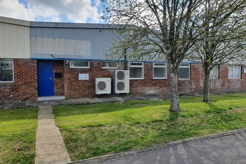Industrial unit to rent - Bowerhill - Melksham