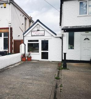 Hairdresser and barber shop to rent - Llandudno Road, Penrhyn Bay, LLANDUDNO, LL30 3EP