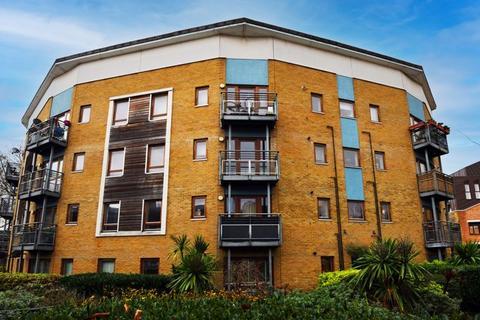 2 bedroom apartment for sale - Brabazon Street, London